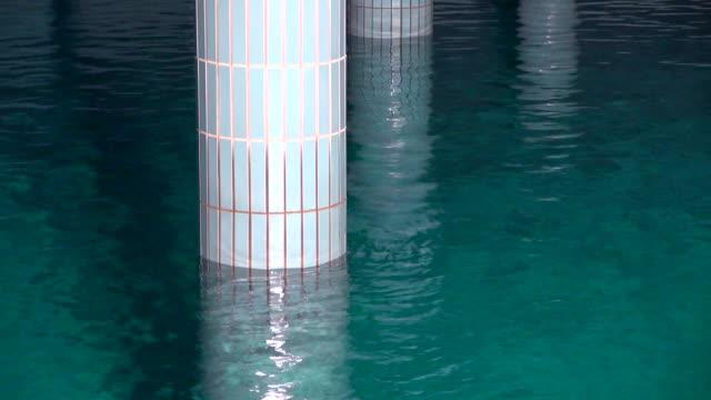 ms pillar in water reservoir of water works / konz, rhineland-palatinate, germany - stausee stock-videos und b-roll-filmmaterial