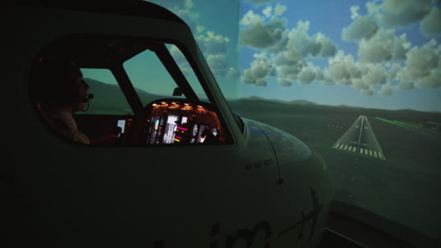 80 Top Flight Simulator Video Clips & Footage - Getty Images