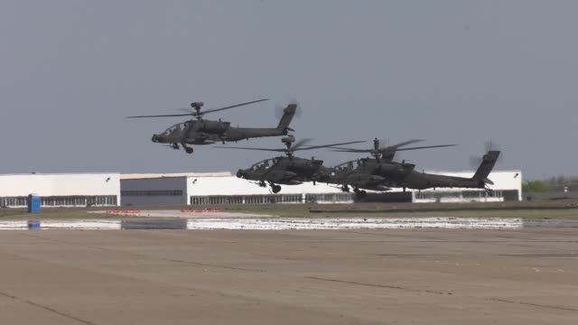 pilots and soldiers with the 227th aviation regiment 1st air cavalry brigade 1st cavalry division conduct operational testing of a new version of the... - apache helicopter stock videos and b-roll footage