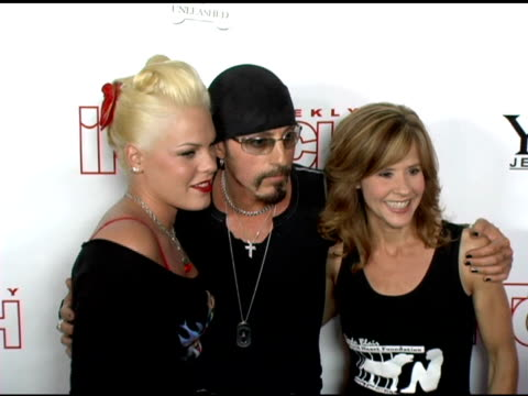pink and linda blair at the 'pets and their stars unleashed' presented by in touch weekly at cabana club in hollywood, california on september 22,... - 歌手 ピンク点の映像素材/bロール