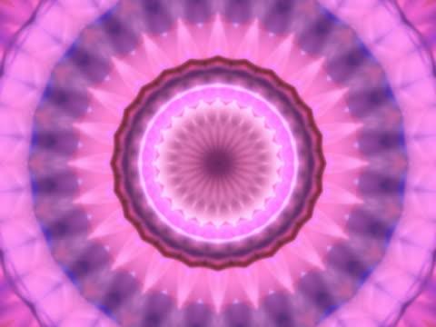 vídeos de stock, filmes e b-roll de pink kaleidoscope. - concêntrico