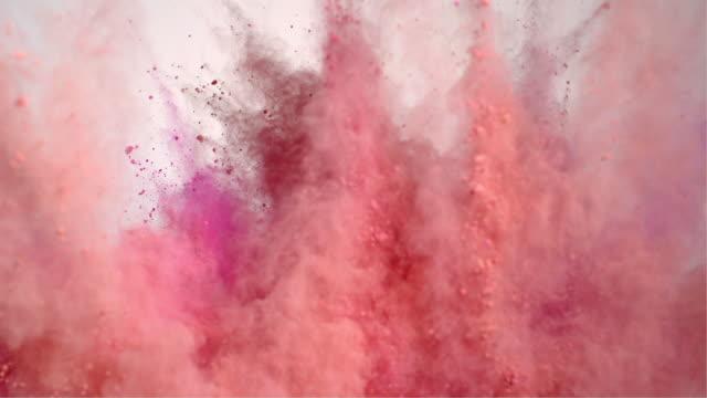 vídeos de stock e filmes b-roll de pink powder explosion - maquilhagem