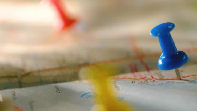 pins in map - 画鋲点の映像素材/bロール