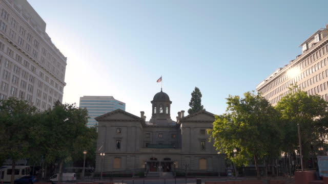 pioneer courthouse with a max train departing at the front - portland oregon stock videos & royalty-free footage