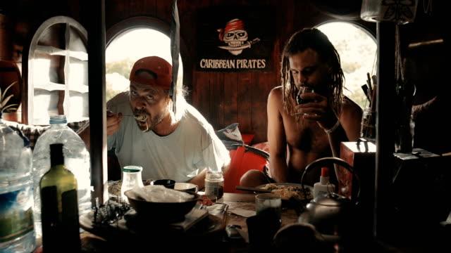 vídeos de stock e filmes b-roll de pirate lifestyle in the caribbean - territórios ultramarinos franceses