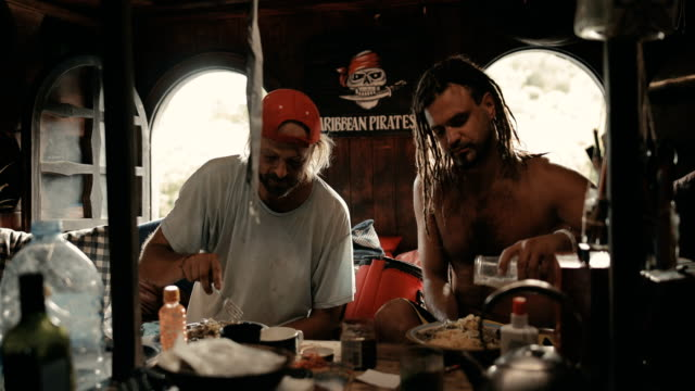 pirate lifestyle in the caribbean - galeere stock-videos und b-roll-filmmaterial
