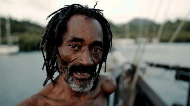 vidéos et rushes de pirate lifestyle in the caribbean - martinique