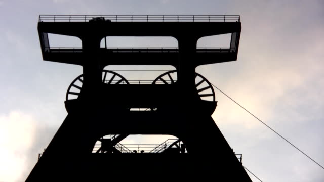 pit head frame zollverein - ruhr stock videos & royalty-free footage