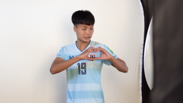 pitsamai sornsai at fifa women's world cup france 2019 team portrait session on june 08 2019 in reims - fifa stock videos & royalty-free footage