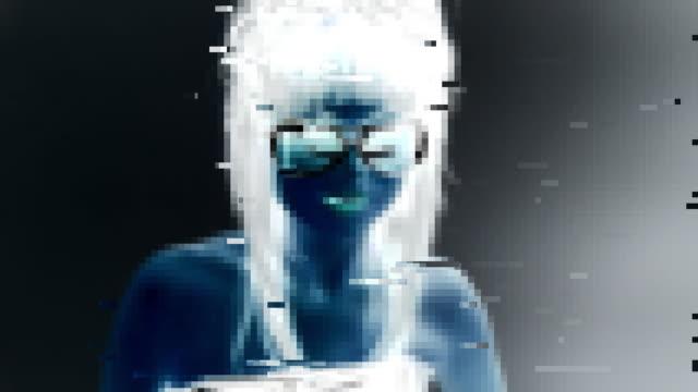 stockvideo's en b-roll-footage met pixelated woman digital model - menselijke neus
