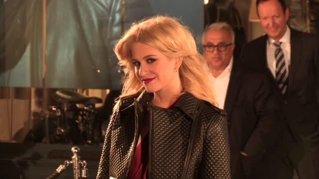 vidéos et rushes de pixie lott at belstaff house opening at belstaff house on september 15, 2013 in london, england - pixie lott