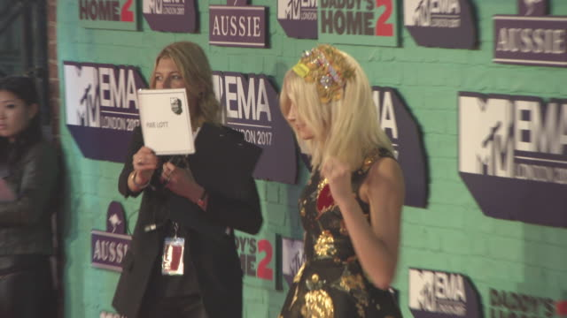 pixie lott at mtv ema awards at the sse arena wembley on november 12 2017 in london england - wembley arena stock videos & royalty-free footage