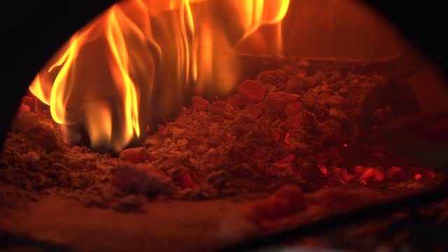 pizza oven - preparing food stock videos & royalty-free footage
