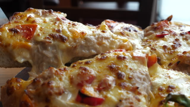 Pizzastück, Slow-motion