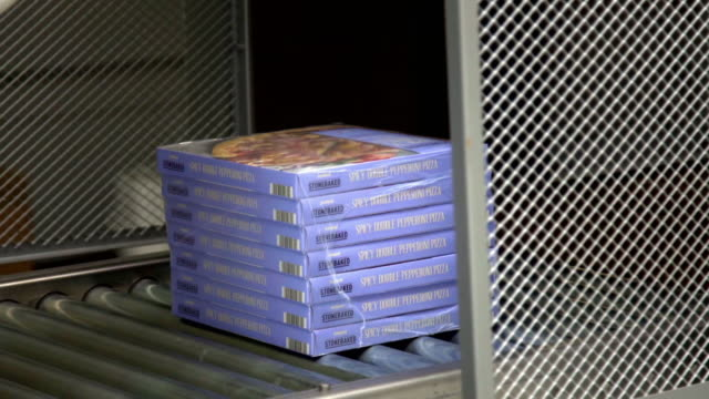 pizzas packed in boxes ready for transport - ready meal stock videos & royalty-free footage