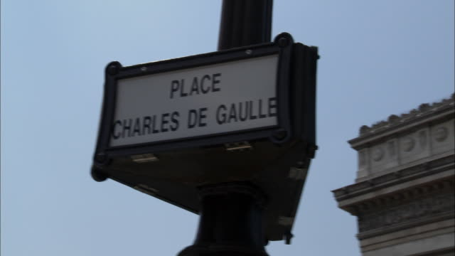 cu, pam, place charles de gaulle sign against sky, paris, france, pan - western script stock videos & royalty-free footage
