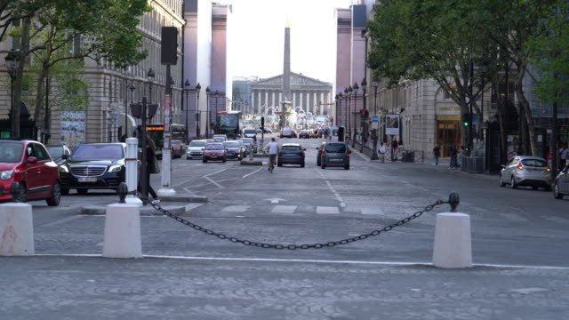 vídeos y material grabado en eventos de stock de place de la concorde y palais bourbon en parís - parliament building