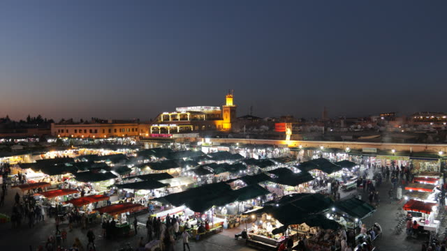 places to visit - marrakech - nachtmarkt stock-videos und b-roll-filmmaterial