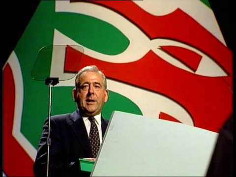 plaid cymru conference dafydd wigley mp cs side wigley dafydd wigley mp speech sot this is nothing more than government by remote control - plaid stock videos & royalty-free footage