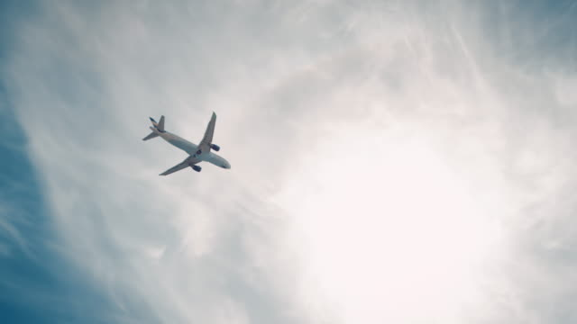 plane landing on airport - commercial aircraft stock videos & royalty-free footage