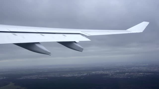 plane takes off from frankfurt am main airport - airbus stock-videos und b-roll-filmmaterial
