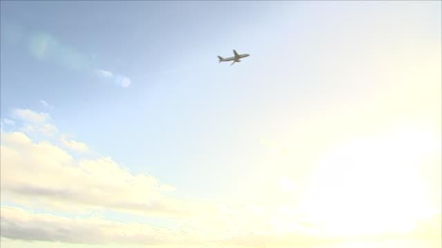 plane taking off - ローアングル点の映像素材/bロール