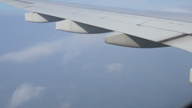 plane wing during flight - liyao xie stock videos & royalty-free footage