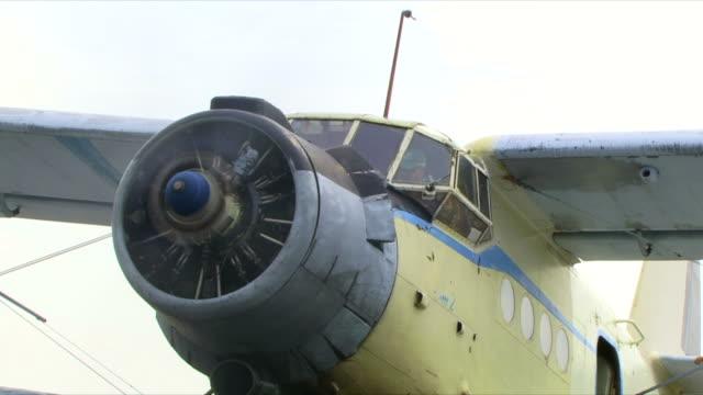 面、propeller - 複葉機点の映像素材/bロール