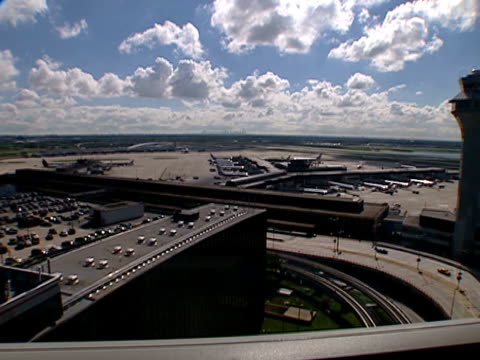 planes on the o'hare international airport runway and apron in chicago on sept 10 2002 - o'hare airport stock videos & royalty-free footage