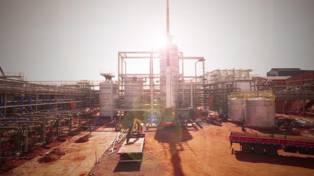 vídeos de stock, filmes e b-roll de plant construction - química
