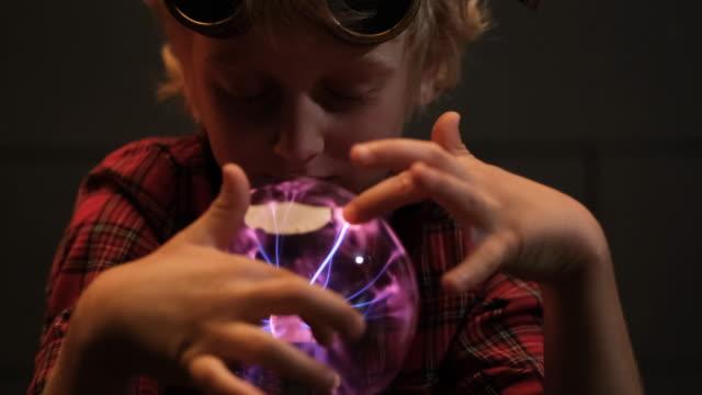 plasma ball - fluorescent stock videos & royalty-free footage