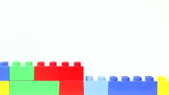 plastic block wall - weißer hintergrund stock videos & royalty-free footage