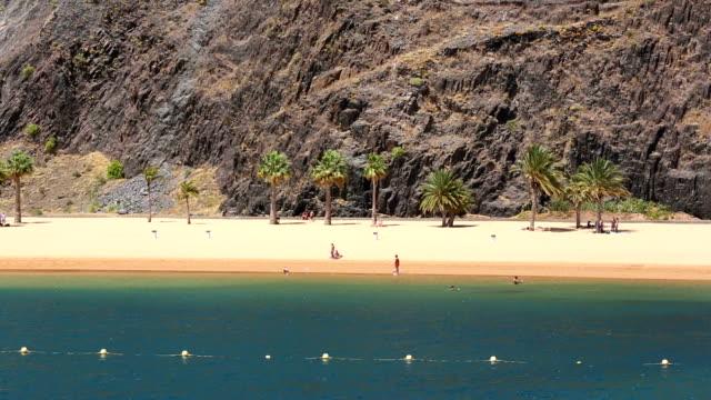 Playa de las Teresitas com Turista-Tenerife