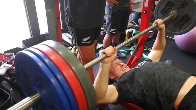players of the new zealand rugby team train during a gym session on november 19 2018 in romeitaly - bench press stock videos & royalty-free footage