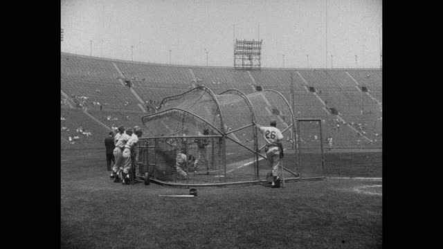 players taking batting practice before game. - fielder stock videos & royalty-free footage