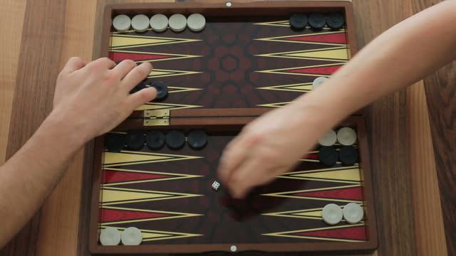 Playing backgammon