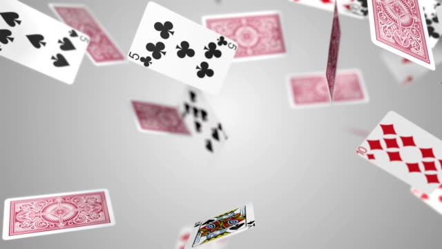 stockvideo's en b-roll-footage met playing cards falling slow motion - kaart