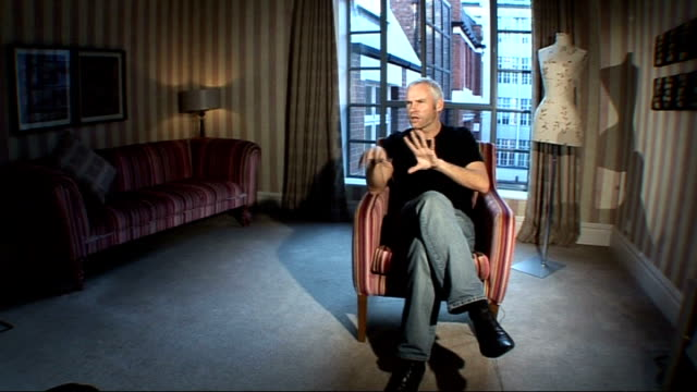 playwright martin mcdonagh interview; england: london: int martin mcdonagh interview sot - discusses writing and directing film, 'in bruges' - scriptwriter stock videos & royalty-free footage
