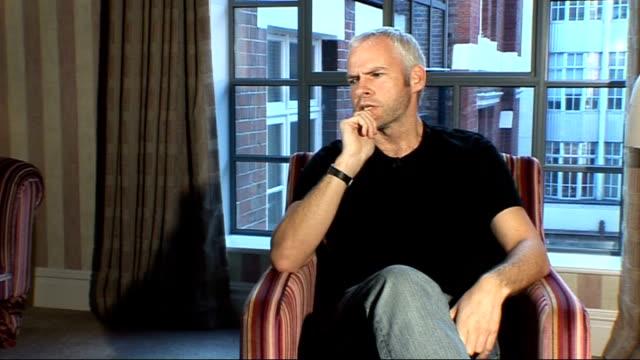 vídeos y material grabado en eventos de stock de playwright martin mcdonagh interview; martin mcdonagh interview continued sot - guionista