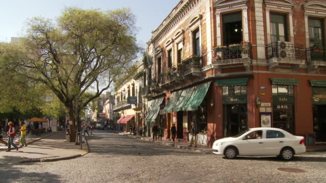 plaza dorrego in buenos aires, argentina - san telmo stock videos & royalty-free footage