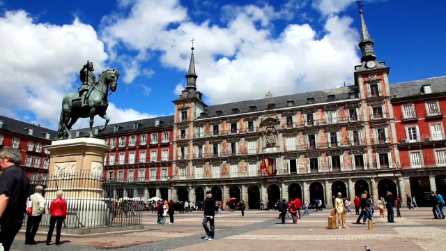 plaza mayor madrid - courtyard stock videos & royalty-free footage