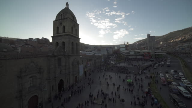 plaza murillo - la paz - la paz region la paz stock-videos und b-roll-filmmaterial