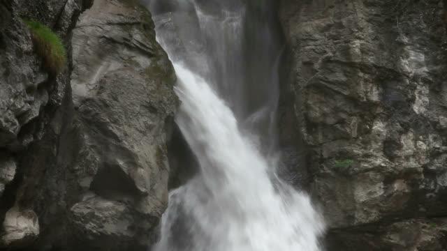 Pochten waterfall
