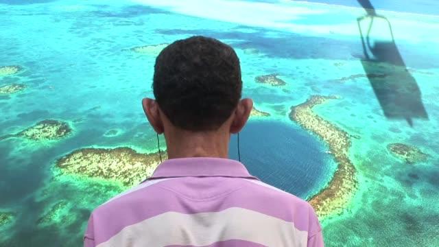A poco mas de un mes para el inicio de la próxima Cumbre de la Tierra Río20 desembarco en Brasil una exposicion llamada 'La tierra vista desde el...