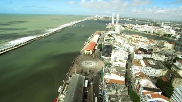 vídeos de stock, filmes e b-roll de point 0 in the city of recife/ aerial of recife city/ marco zero /recife- pe - recife fenômeno natural