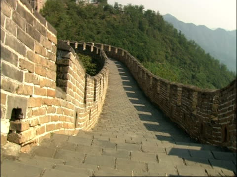 point of view, pov, moving down steps on great wall of china, mutianyu, china - mutianyu stock videos & royalty-free footage