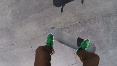 stockvideo's en b-roll-footage met point of view of a skater performing a flip at macba barcelona - skateboard