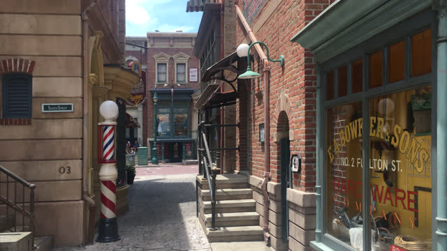 stockvideo's en b-roll-footage met point of view of an alleyway in the universal studios town seen on july 20, 2019; in orlando, florida, usa. universal studios' famous recreation... - redactioneel
