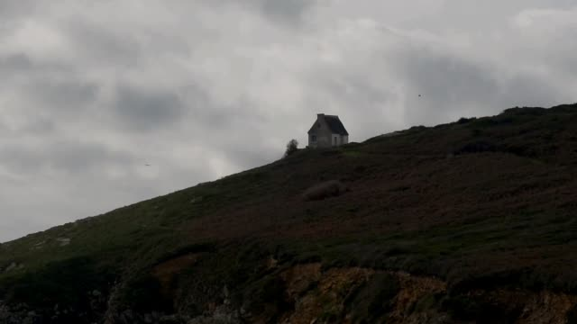 pointe du mouton, isolated on the clifftop - bretagna video stock e b–roll
