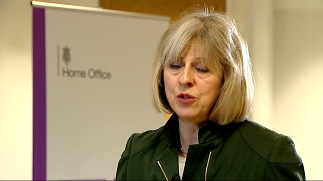 vídeos de stock e filmes b-roll de police accused of failing dometic abuse victims theresa may mp interview sot what we've seen from the police is that there is a problem of police... - domestic room
